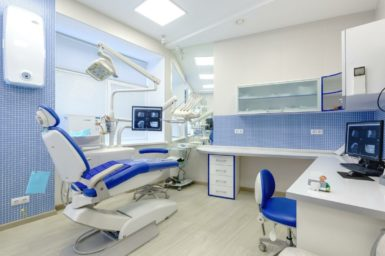 kak-vybrat-stomatologa_5d6e61